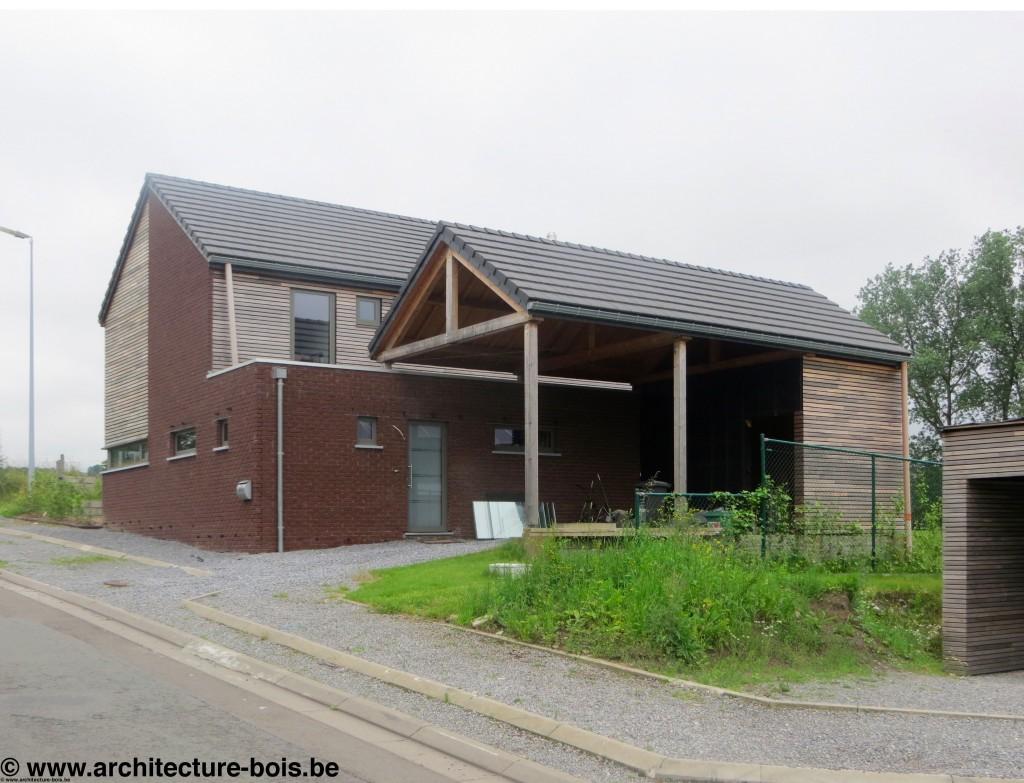 Maison ossature bois avec bardage ajouré cèdre pré-grisé ...