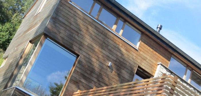 Extension d'une petite maison qui double quasi sa surface